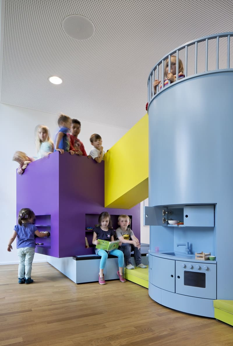 Children's daycare centre in Hamburg with a playful façade8