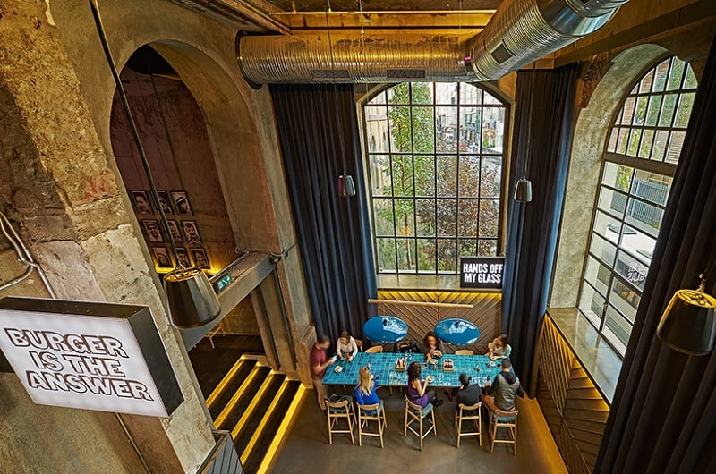 Old brewery in Istanbul transformed into an urban relaxed restaurant2