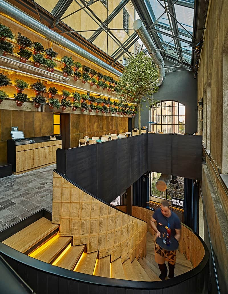 Old brewery in Istanbul transformed into an urban relaxed restaurant3