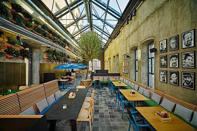 Old brewery in Istanbul transformed into an urban relaxed restaurant5