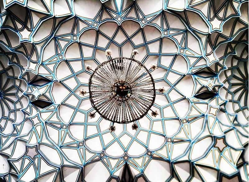 A visual walk through the mystical beauty of the Iranian architecture4