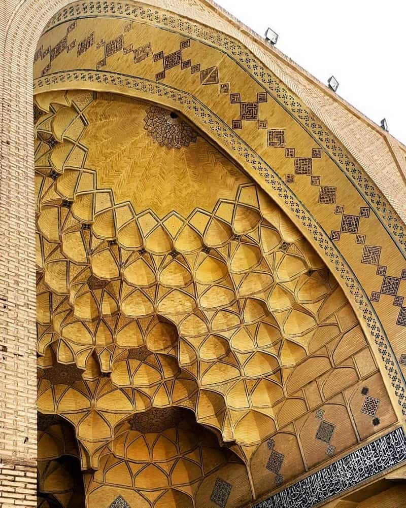A visual walk through the mystical beauty of the Iranian architecture5