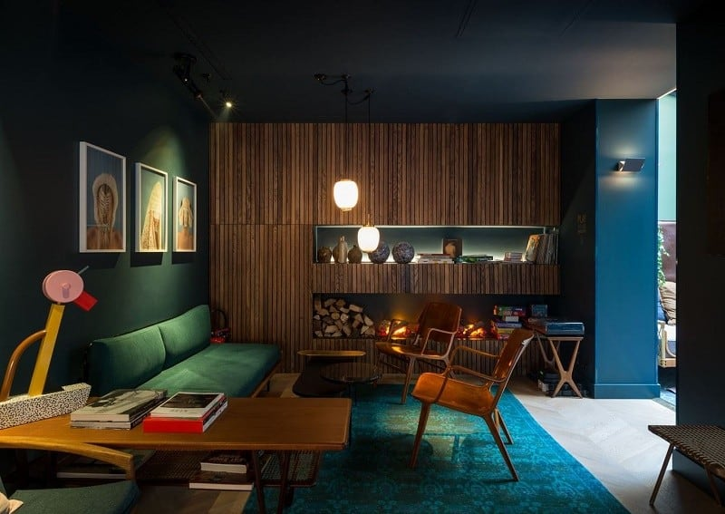 A combination of modern and classic Parisian style in the C.O.Q. hotel in Paris