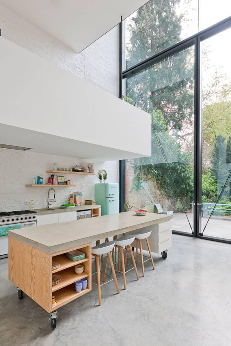 Bright family house in direct connection with nature4
