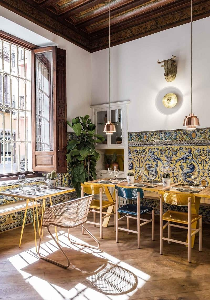 El Pinton, a small kingdom of the Mediterranean cuisine in Seville