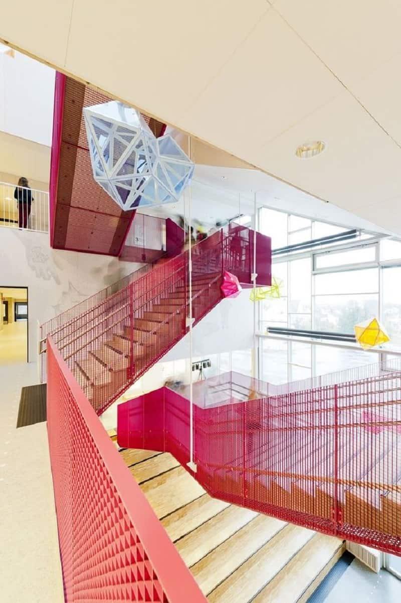 school-with-minimalist-architecture-in-norwegian-style2