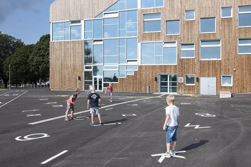 school-with-minimalist-architecture-in-norwegian-style5