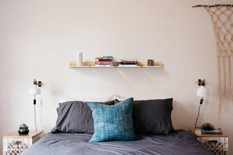 small-and-practical-shelves-for-your-home3