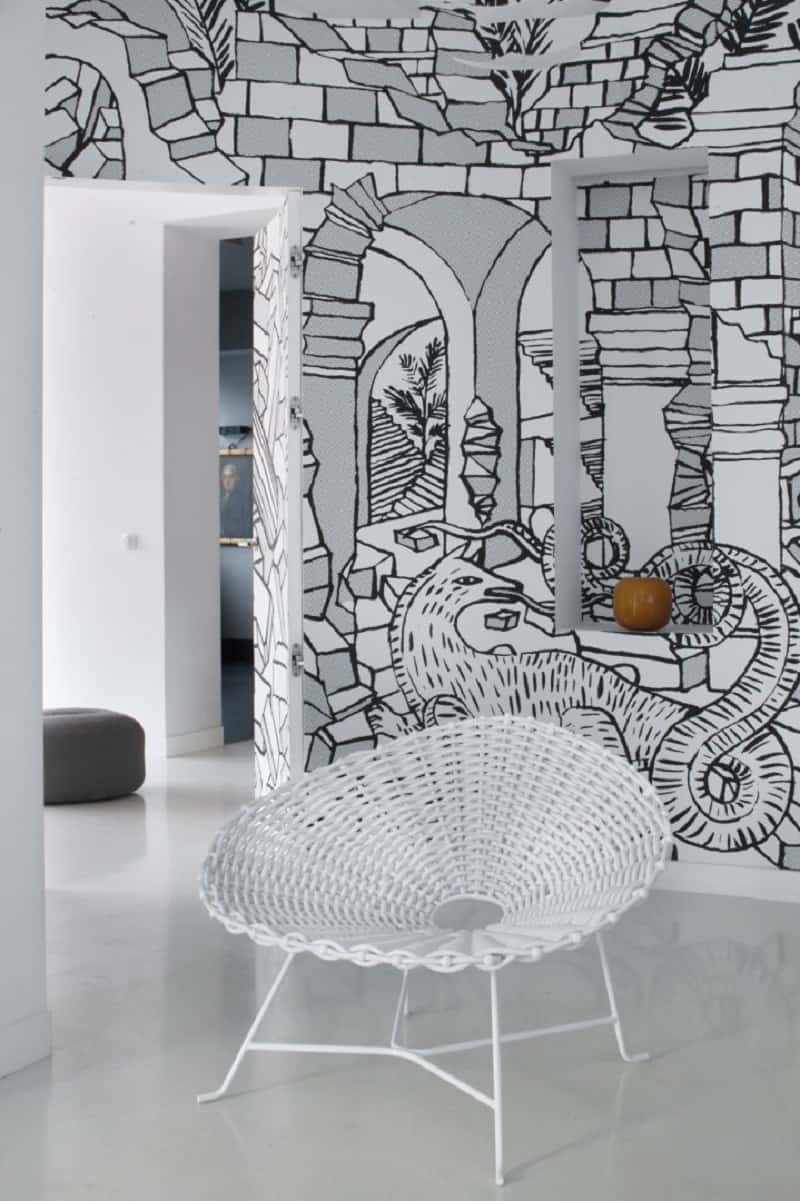minimalist-interior-with-interesting-black-and-white-mural-in-warsaw6
