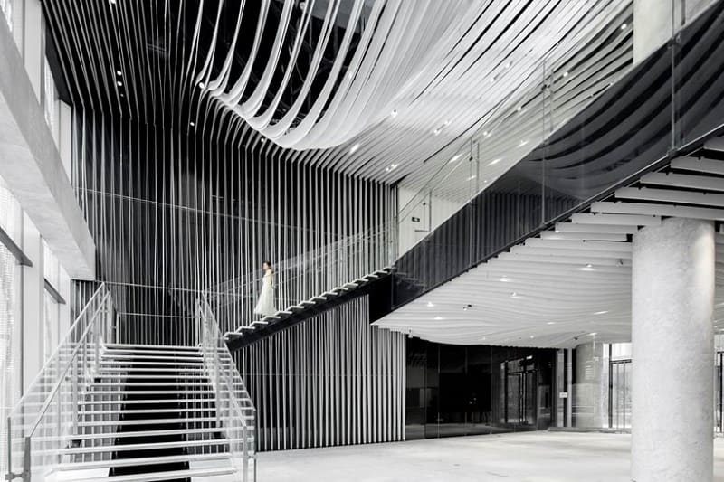 new-modern-business-center-in-shanghai-designed-by-kengo-kuma3