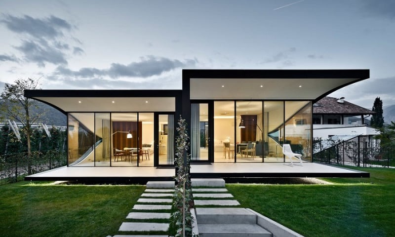 the-beauty-of-the-dolomites-reflected-in-the-facades-of-mirror-houses3