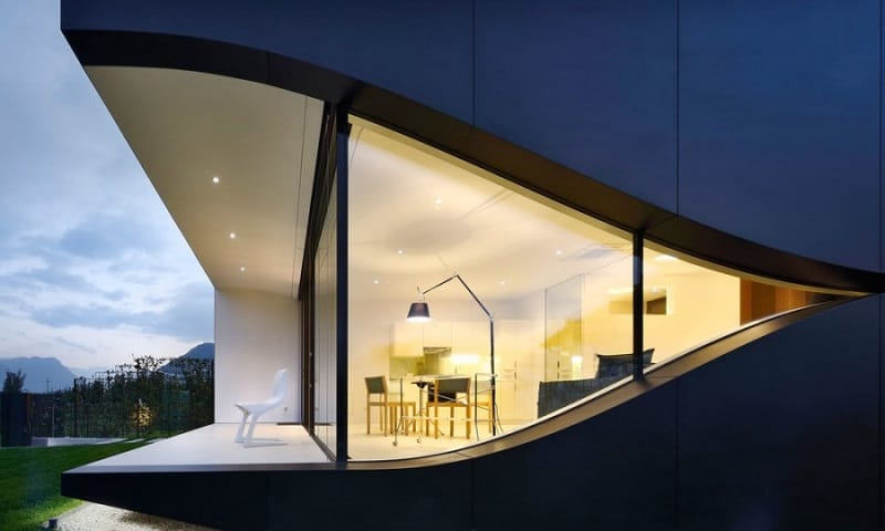 the-beauty-of-the-dolomites-reflected-in-the-facades-of-mirror-houses4
