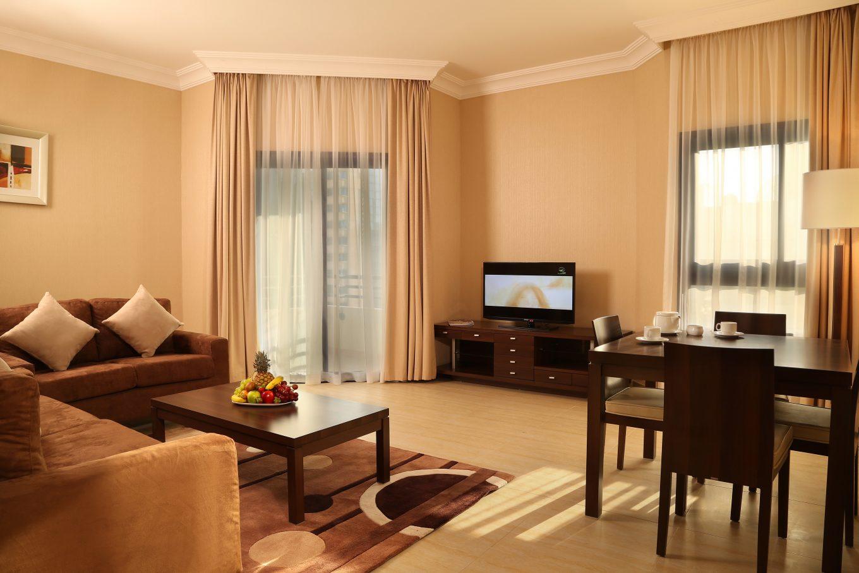 brown living room idea