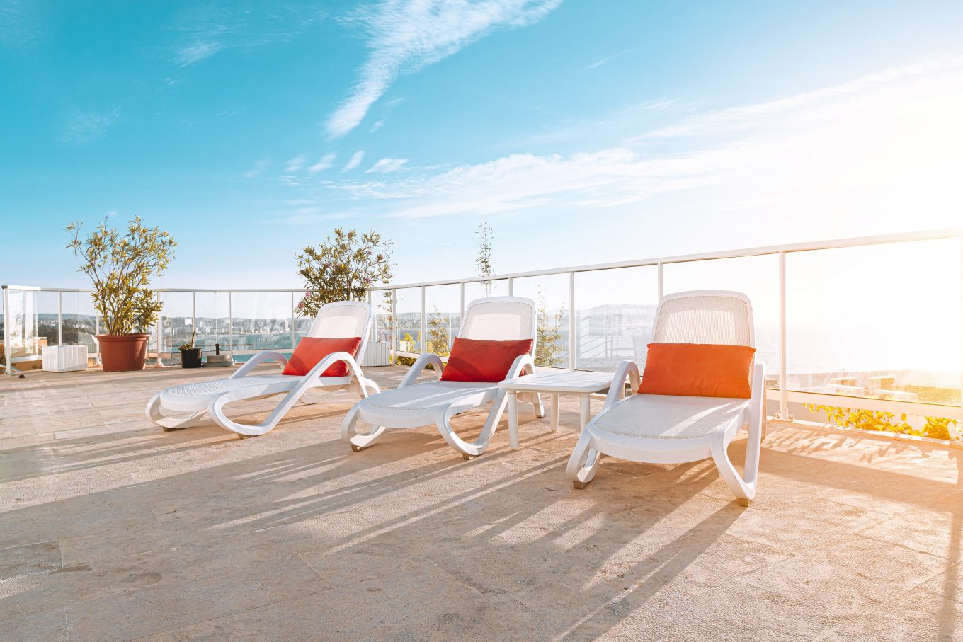 8 Best Outdoor Chaise Lounge Chairs